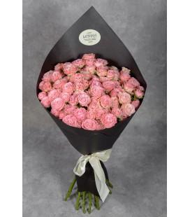 Роза кустовая в упаковке