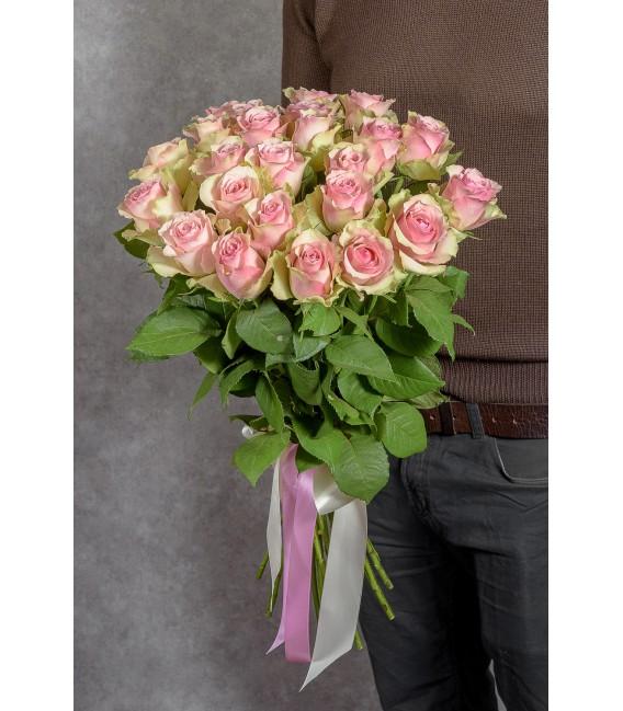 Роза 70 см перевязана лентами