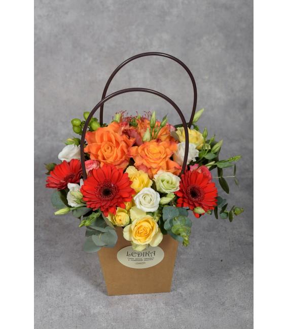 Ящик с цветами 13